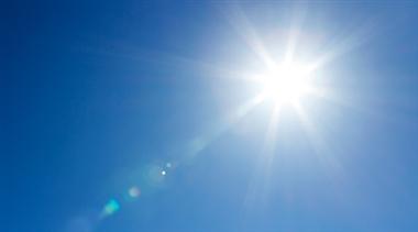 انرژی خورشیدی چیست و چگونه به زمین میرسد؟
